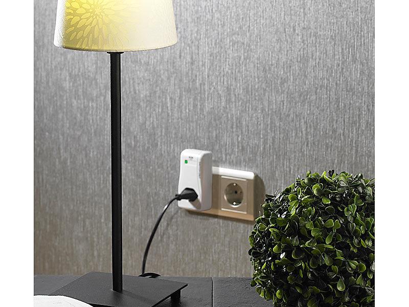 funkschalter set mit 3 funksteckdosen 1000 watt und fernbedienung. Black Bedroom Furniture Sets. Home Design Ideas