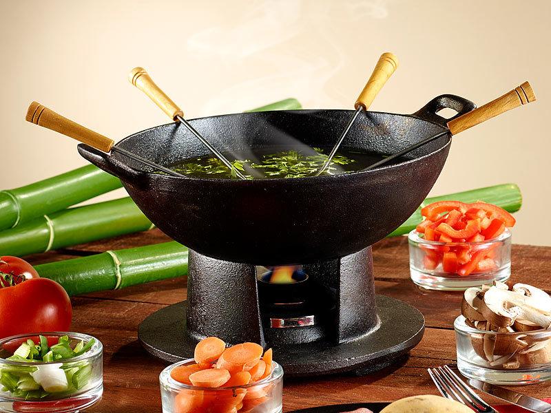 rosenstein s hne tisch wok aus gusseisen. Black Bedroom Furniture Sets. Home Design Ideas