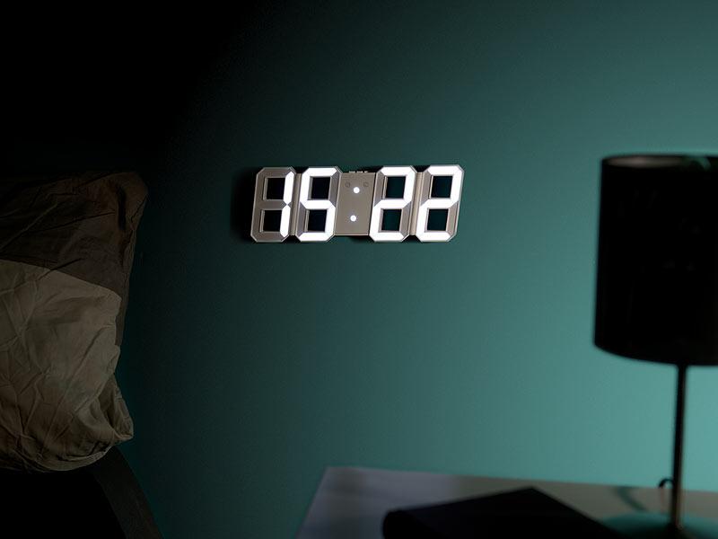 lunartec digitaluhren digitale jumbo led tisch wanduhr 3d wecker dimmbar 28 cm uhr led. Black Bedroom Furniture Sets. Home Design Ideas