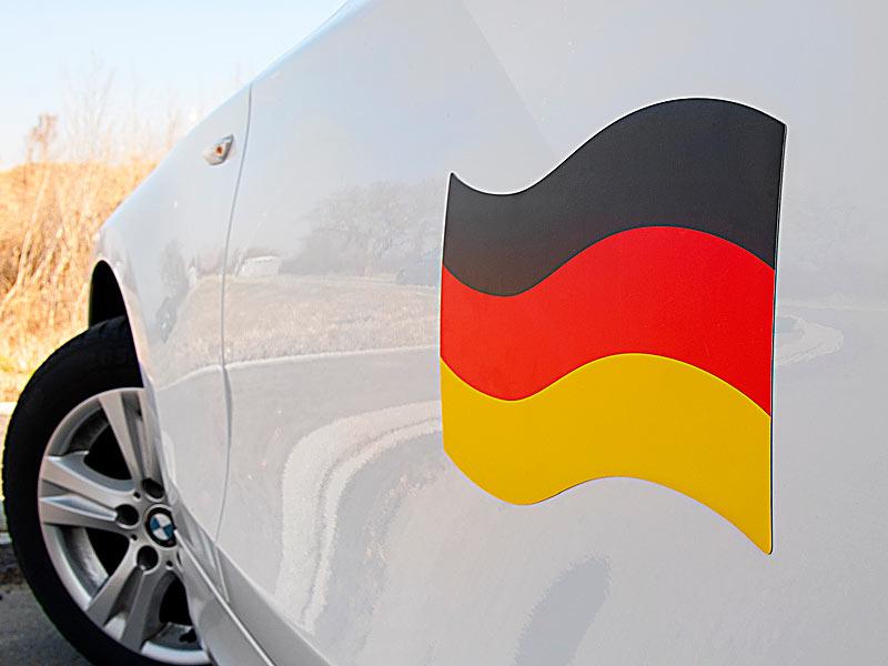 Deutschlandfahne Auto