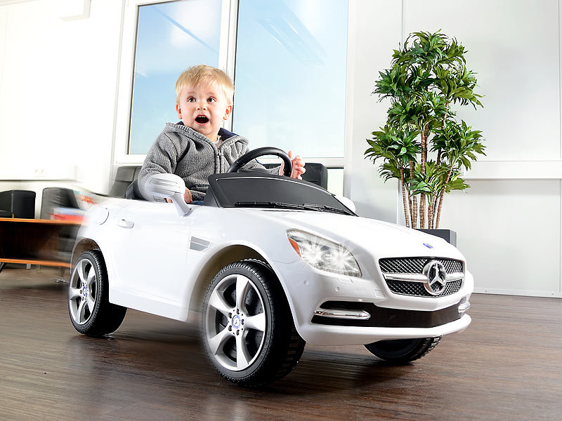 playtastic mercedes benz slk sportwagen kinderfahrzeug mit elektroantrieb. Black Bedroom Furniture Sets. Home Design Ideas