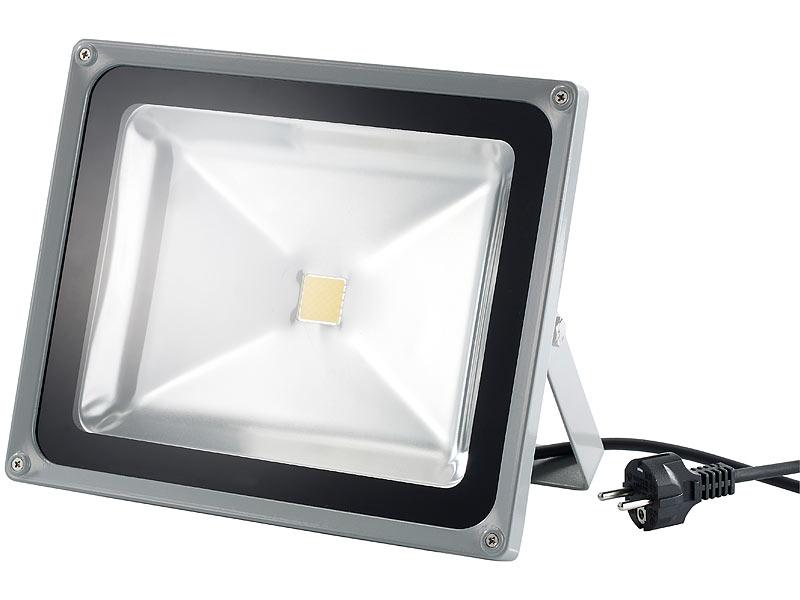 luminea wetterfester led fluter im metallgeh use 50w ip65 warmwei. Black Bedroom Furniture Sets. Home Design Ideas