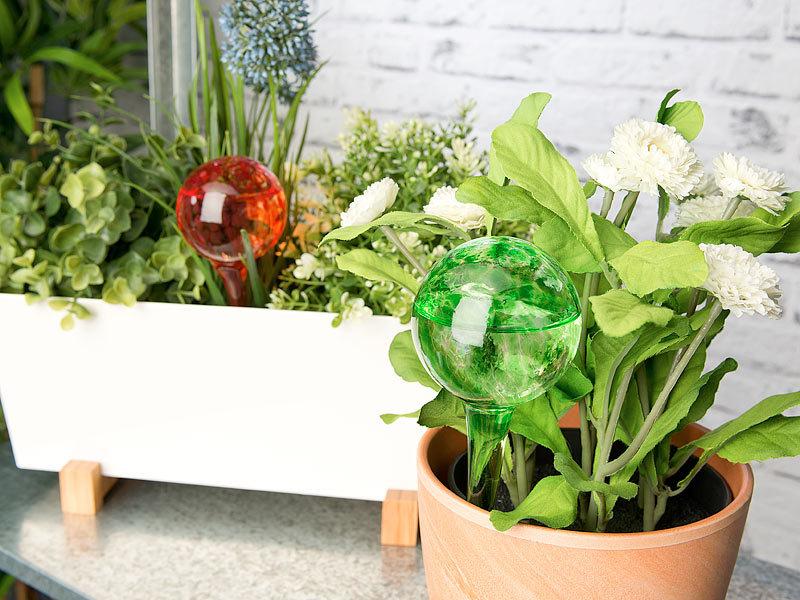 royal gardineer pflanzen bew sserung 4er set gie frei bew sserungs kugeln aus glas bunt 6. Black Bedroom Furniture Sets. Home Design Ideas
