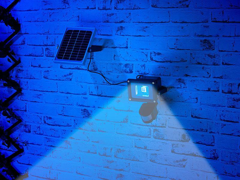 luminea led solar strahler cob led solar wandstrahler mit pir bewegungssensor 10 watt 600. Black Bedroom Furniture Sets. Home Design Ideas