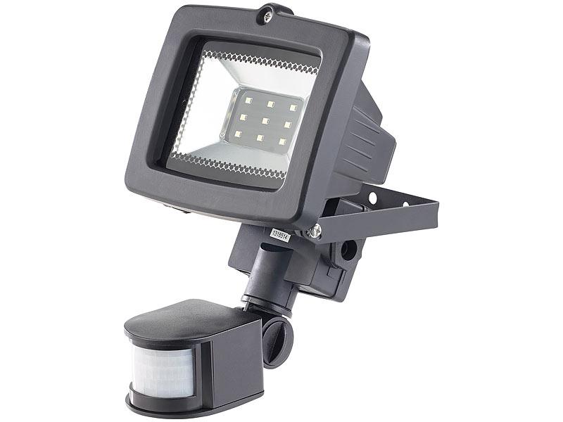 luminea sparsame led strahler led fluter f r den au enbereich 5 watt 350 lumen pir sensor. Black Bedroom Furniture Sets. Home Design Ideas