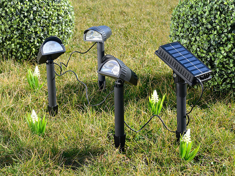lunartec solar spot solar led wegespot 4 tlg mit 3 led strahlern solarmodul led solar spot. Black Bedroom Furniture Sets. Home Design Ideas