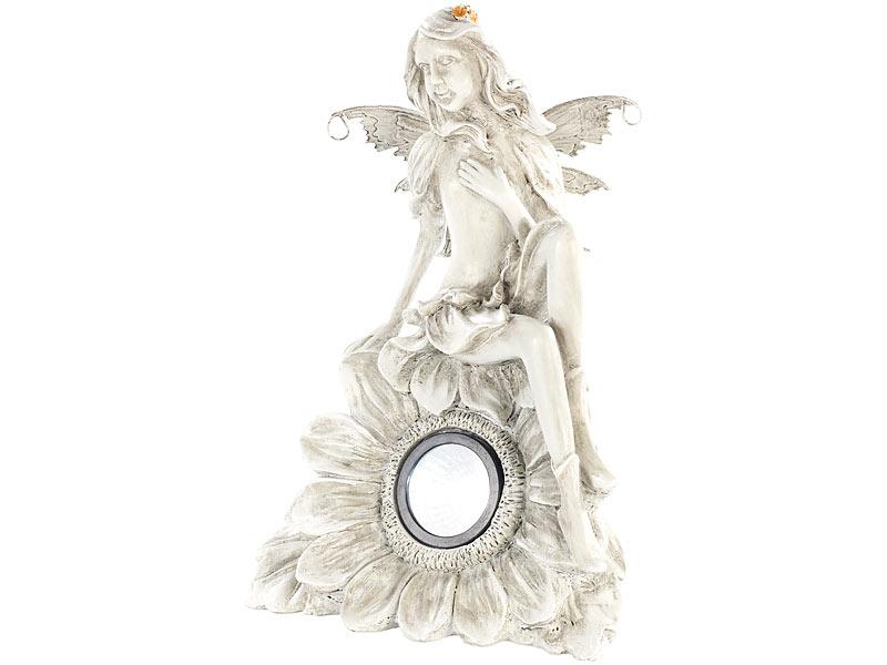 Lunartec solar gartendekoration sitzende elfe mit led for Nostalgische gartendekoration