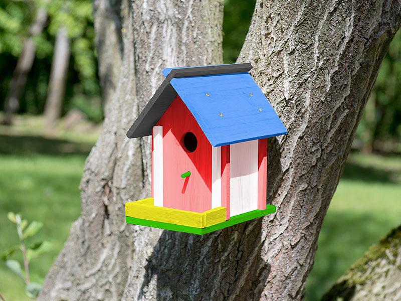 royal gardineer vogelhaus nistkasten bausatz aus echtholz mit balkon und 6 teiligem farben set. Black Bedroom Furniture Sets. Home Design Ideas