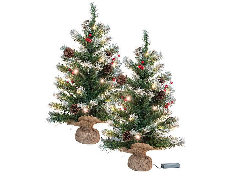 britesta weihnachtsbaum batterie 2er set deko weihnachtsb ume mit 30 leds zapfen eibenbeeren. Black Bedroom Furniture Sets. Home Design Ideas