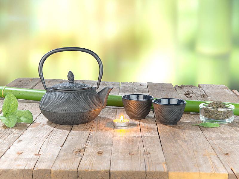 rosenstein s hne teekanne japan asiatische teekanne aus gusseisen mit edelstahl sieb 0 9 l. Black Bedroom Furniture Sets. Home Design Ideas