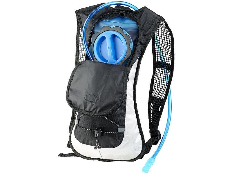 xcase ultraleichter fahrrad rucksack mit 2 liter trinksystem und reflektoren. Black Bedroom Furniture Sets. Home Design Ideas