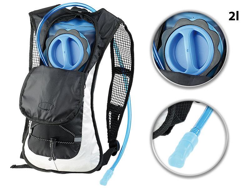 Ultraleichter Fahrrad-Rucksack mit 2-Liter-Trinksystem und Reflektoren