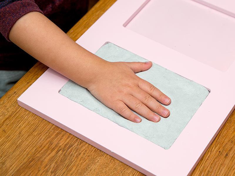 your design gro er baby hand und fu abdruck bilderrahmen. Black Bedroom Furniture Sets. Home Design Ideas
