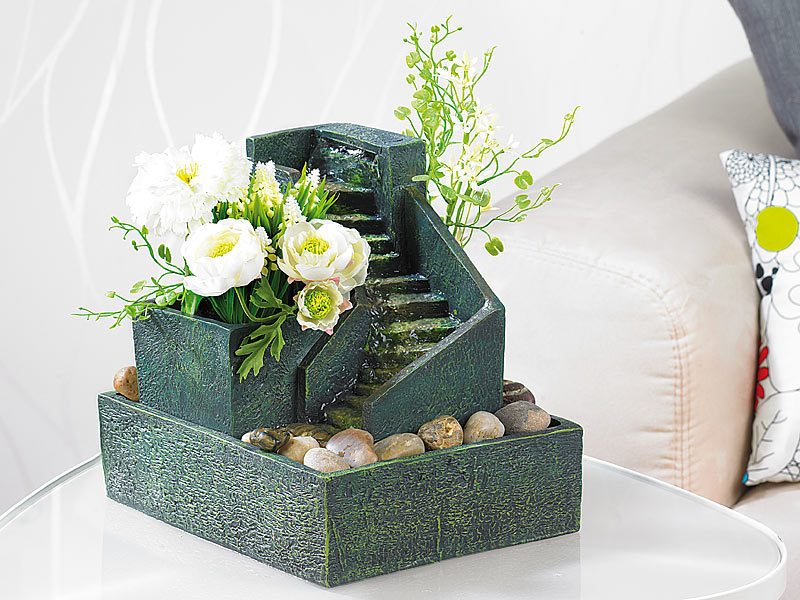 infactory zimmerbrunnen bergdorf inklusive deko steinen. Black Bedroom Furniture Sets. Home Design Ideas