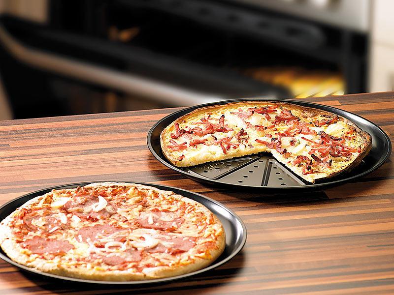 chg pizza backbleche 2er set f r knusprigen pizzaboden. Black Bedroom Furniture Sets. Home Design Ideas