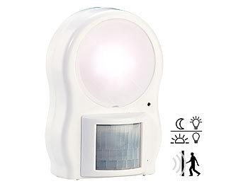 lunartec bewegungsmelder licht led leuchte mit bewegungs d mmerungssensor led strahler mit. Black Bedroom Furniture Sets. Home Design Ideas