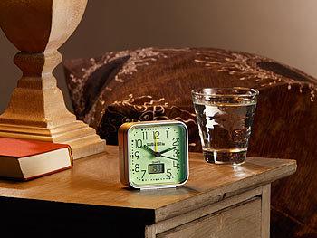 pearl leuchtender wecker quarz wecker nachleuchtend mit digital thermometer nachtleuchtender. Black Bedroom Furniture Sets. Home Design Ideas