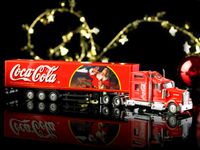 original coca cola weihnachts truck 230 mm lang. Black Bedroom Furniture Sets. Home Design Ideas