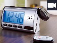 OctaCam Hightech-<br />Tischuhr mit SD-Videokamera und Voi...